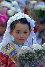 fallas-girl-with-flowers